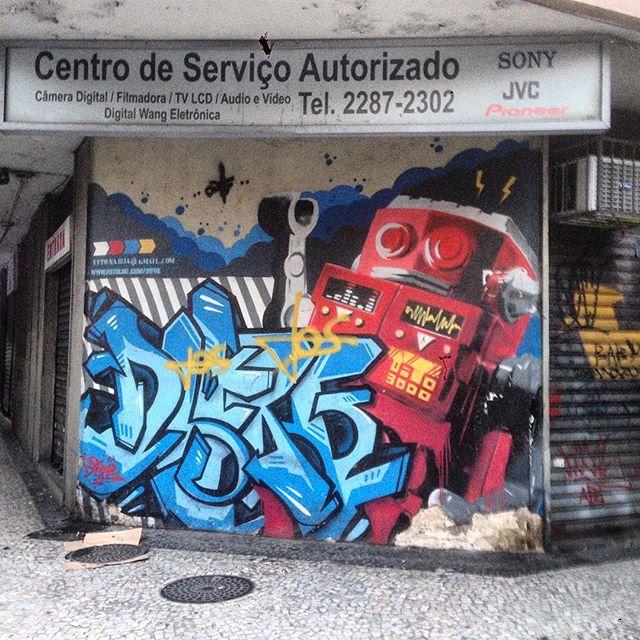 #graffiti #grafporn #streetart #streetartrio #streetartglobe #urbanart #spraydaily #muralsdaily #copacabana #riodejaneiro #brazil