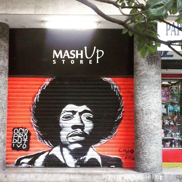#jimihendrix #streetart #streetartrio #graffiti #laranjeiras #rio #generalglicerio