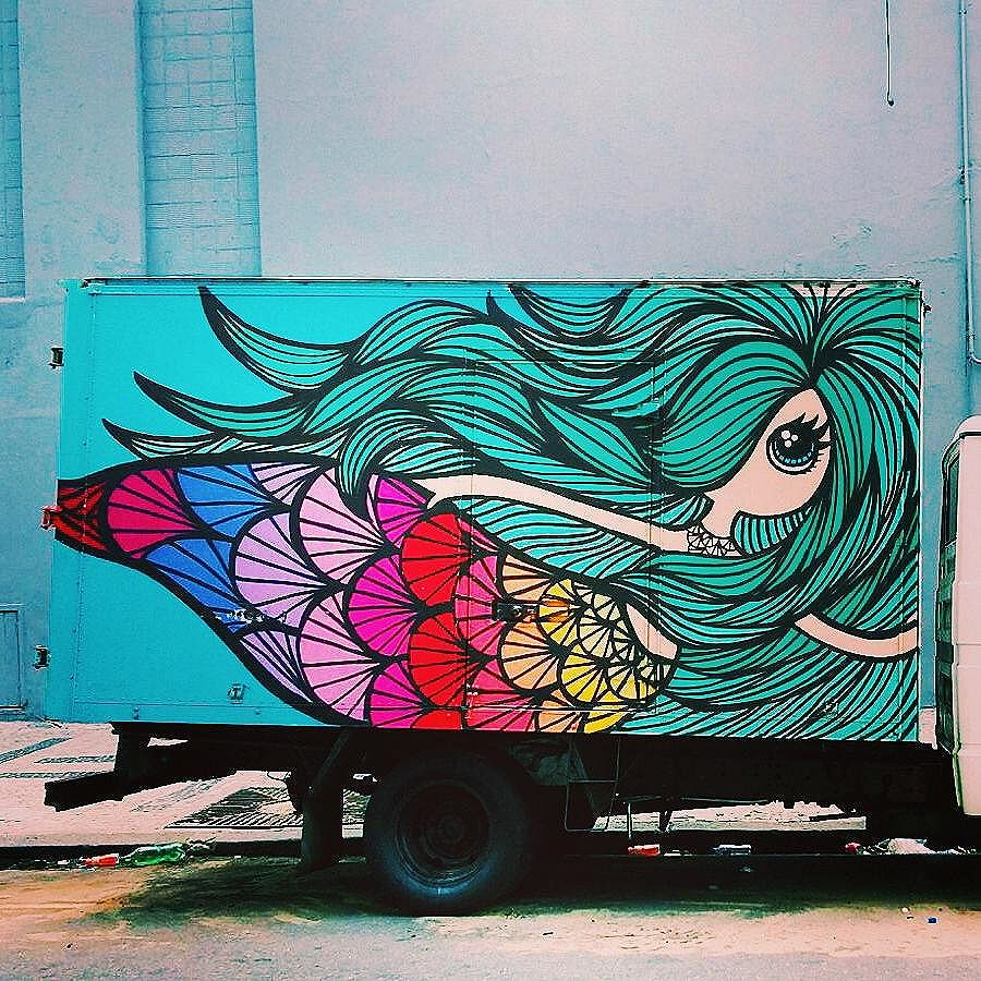 Sereiando! #vscobr  #vscovisuals  #vscogood  #vscobr #coloridoviamia  #modiceinspira  #tonoadorofarm  #reportergarimppo #bazisaround #bacanezaradar55  #blogcariocando  #artederua  #girlspower #rio #streetphotography #stylegirls  #streetart #streetstyle #graffitiart  #graffitiart  #riodejaneiro  #oficialrio  #arte  #art  #arte #girls #mermaid  #sereias_urbanas  #sereia #girlsgang #streetartrio
