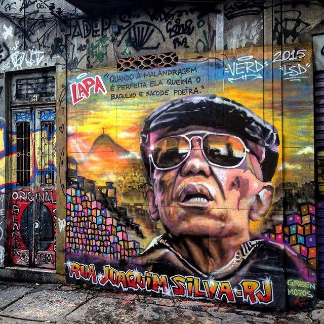 #streetart #urbanart #graffiti #artederua #arteurbana #streetartrio #arteurbano #spray #spraypaint #rsa_graffiti #streetart_daily #arte #streetartandgraffiti #streetarteverywhere #graffitiart #cenascariocas #misturaurbana #riodejaneiro #rio #rj #errejota #rioetc #riomais #about_rio #porainorio #graffitiporn #graffitilovers