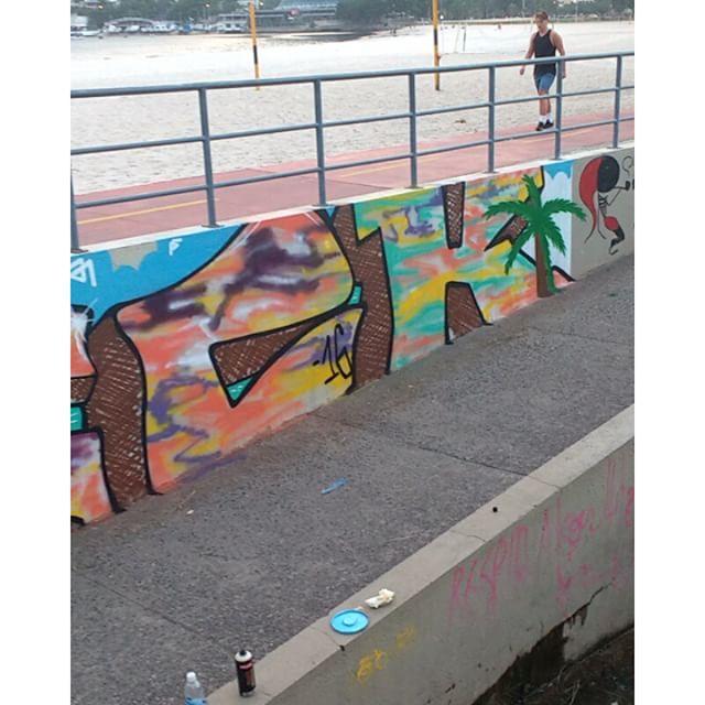 #streetartrio #leandrotick #riodejaneiro #graffiti #sunnyday #verao @sarkgraff