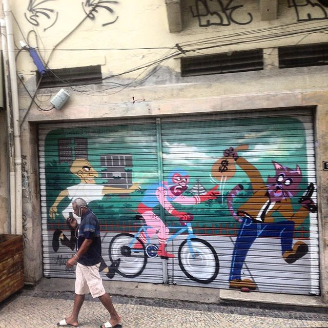 Art done by @cazesawaya #graffiti #grafporn #streetart #streetartrio #streetartglobe #urbanart #spraydaily #muralsdaily #lapa #riodejaneiro #Brazil