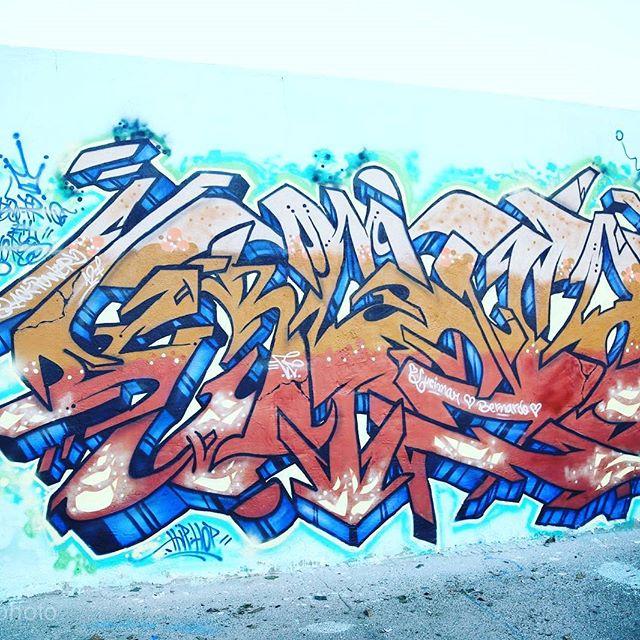 CaboFrio 400 cores.encontro nacional. Grandes Escritores.. WildStyle CRONO. ....Foto: Henrique Madeira. #cabofrio400cores #colorgin #colorginarteurbana #wildstyle #graffiti #graffitibrasil #instagrafite #streetart #wildstyle #respost #repostapp @cronograffiti #streetart #streetartrio #sprayart #art Desejo a todos Um Otimo carnaval...atividade na pista e na Bebida...se Brincar tranquilão vai ficar de boa! Paz a todos. ESTILO CARETA CREW BLACKPOWER127.