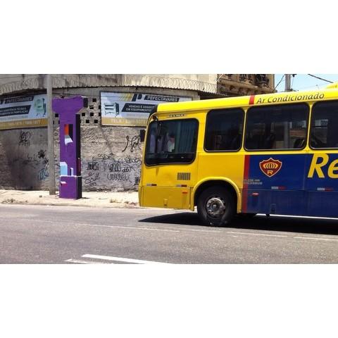 """Flôr de Caju"" 2016 • #mariobands #bands #artistainterventor #classed #artistasurbanoscrew #streetstyle #streetartrio"