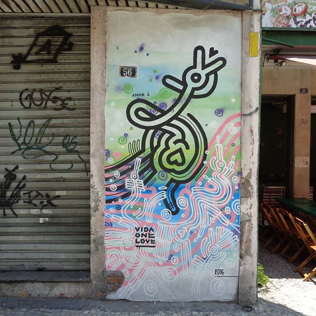 Graffiti art by @vidaonelove . #vidaonelove #hieroglifos #streetartrio #graffitiart