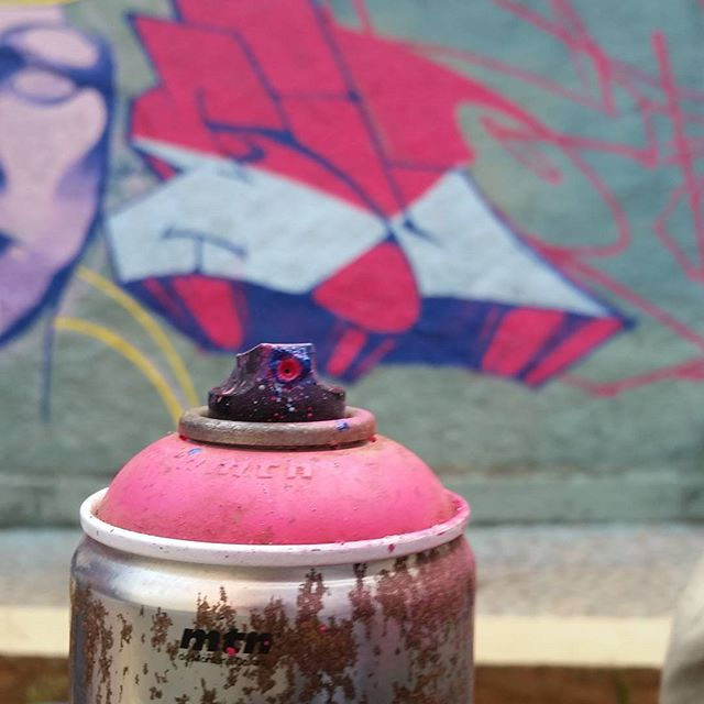 Loading ... #graffiti #graffitiart #streetart #art #arte #arteurbana #graffitikings #letters #weloveletters #artsy #drawing #SprayArt #vscocam #wildstyle #wildstylegraffiti #graffitilovers #streetartrio #Blopa #BlopaOne #snapseed #wip