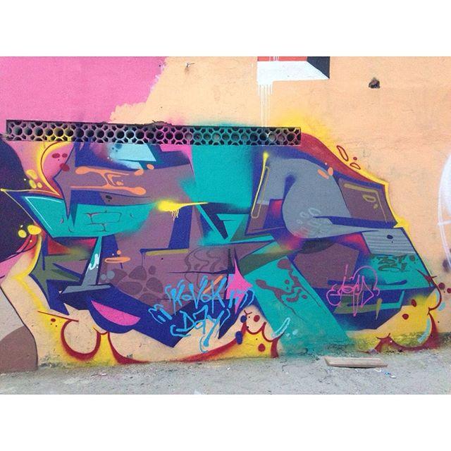 Master piece by : @iogs | RJ #graffiti #graffitiart #graffitiartist #streetart #art #wildstylegraffiti #wildstyle #brasil #wildstylebrasil #artsy #hiphop #street #streetartrio