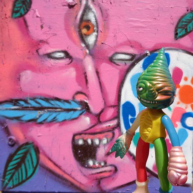 Mysteries of tropical forest. #tiagotosh #etnograffiti #streetartrio #graffitiart #mrree #paulkaiju