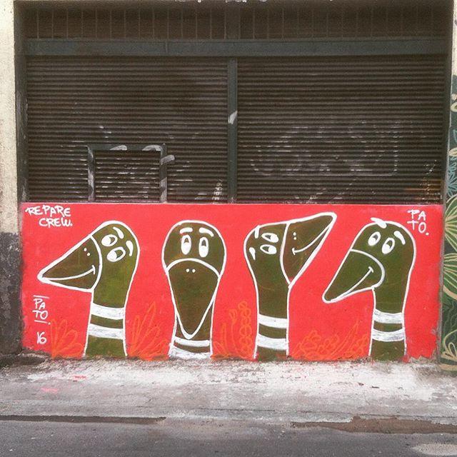 Na luz do dia #graffiti #graffitilife #duck #street #Reparecrew #rua #streetart #streetartrio