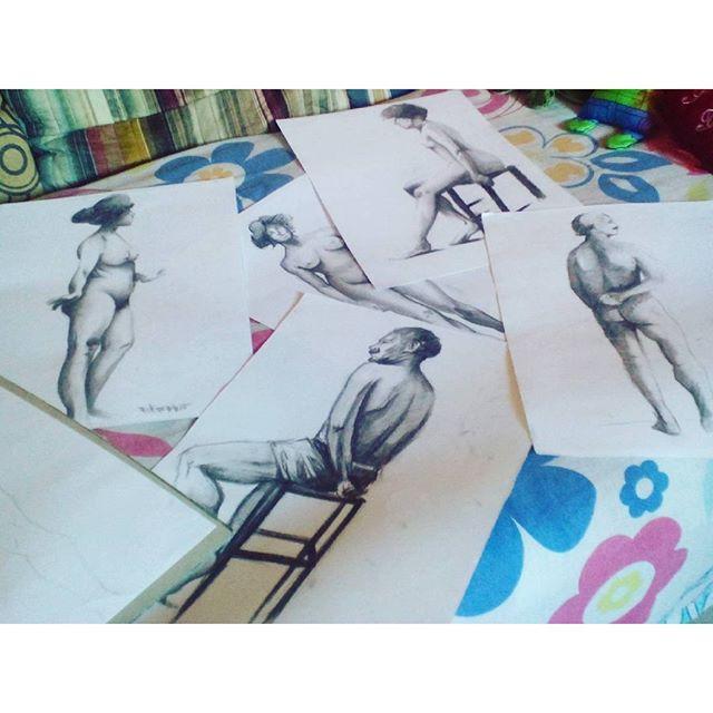 Pausa! Ahahahahaha! #gograffiti #gocarvão #felipeblunt #stretart #streetartrio #drawing #draw #studing #boatardeeee