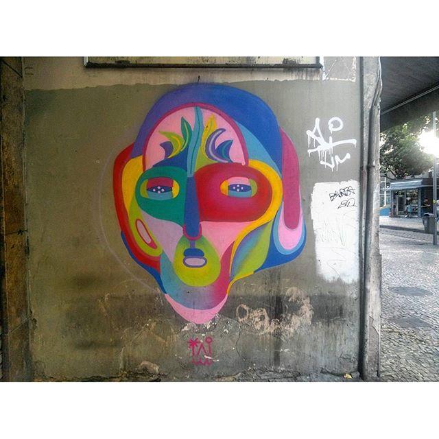 #StreetArtRio Grafite na Rua São José entre a Rua do Carmo e a Rua Presidente Antônio Carlos. Artista: @tainancabral (Tai) Tirada em 10/02/2016