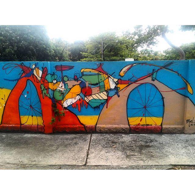 #StreetArtRio Grafite nos muros da Escola Municipal Pedro Ernesto, 3/3 Artista no detalhe: @smael13 (Smael) Tirada em 12/01/2016