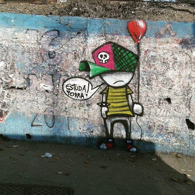 Vale a idéia #bombrj #graffiti #graffitirj #streetart #streetartrio #che
