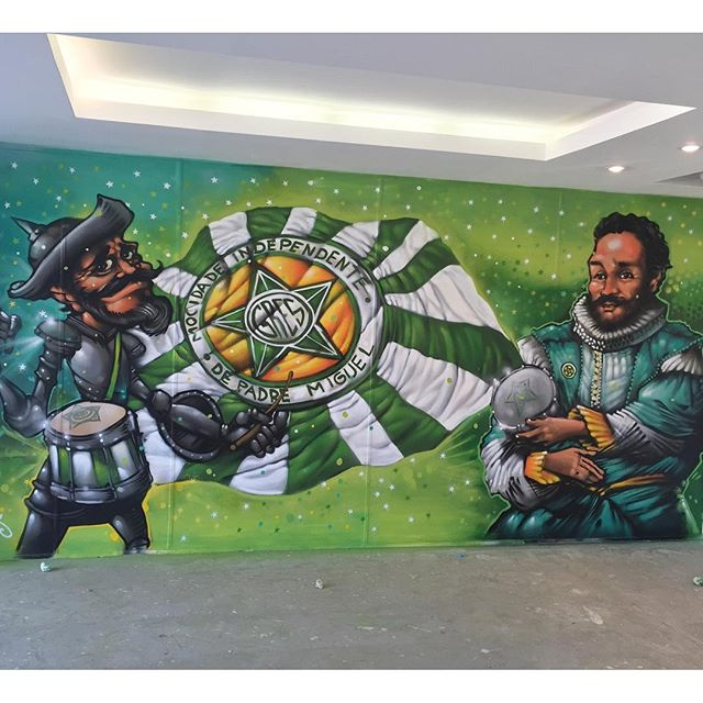Vamos no amor hoje , pois a estrela guia vai passar Chama no Cervantes ,chama no quixote , chama na mocidade #raios #graffiti #graffitiart #streetartrio #carnaval #mocidadeindependentedepadremiguel #zoteam #ftg