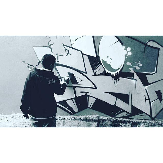 #graffiti #graffitiart #streetart #art #arte #arteurbana #graffitikings #letters #weloveletters #artsy #drawing #SprayArt #vscocam #wildstyle #wildstylegraffiti #graffitilovers #streetartrio #Blopa #BlopaOne