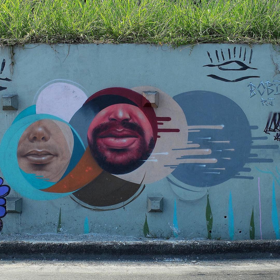 Mural by @CarlosBobi near Vidigal in Rio de Janeiro, Brazil. Interesting!