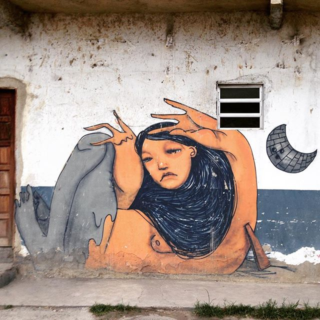 A artista paulista @magmagrela pintou umas paredes no Rio de Janeiro (Gamboa) #magrela #sambadograffiti #riograffiti #graffiti #graffiti_clicks #grafite #graf #streetart #streetartrio #streetphoto #streetarteverywhere #streetartphotography #spray #RioGRAFITE #spraypaint #urbanwall #urbanart #wallart #rio #brasil #rsa_graffiti #DSB_graff #braznu #carioca #tv_streetart #riodejaneiro #tv_sa_simplicity_graff #streetartofficial