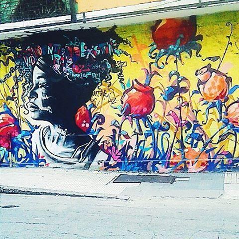 Apenas ♡ ... #vscobr #vscovisuals #vscogood #vscobr #coloridoviamia #modicesinspira inspira #tonoadorofarm #reportergarimppo #bazisaround #bacanezaradar55 #blogcariocando #artederua #rio #streetphotography #stylegirls #streetart #streetstyle #graffitiart #graffitiart #riodejaneiro #oficialrio #arte #art #arte #love #amor #intervencaourbana #streetartrio