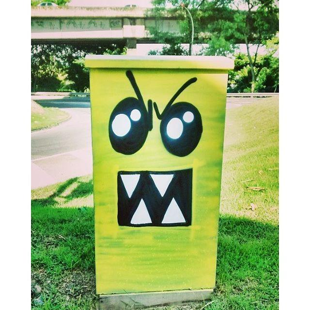 BUUu !!! #GraffitiBrasil #GraffitiRioDeJaneiro #Graffiti #StreetArtRio #StreetArt #ArteDeRua #ArtUrban #ArteUrbana #Arte #Art #Rua #Street #Personagens #Personas #PersonasDoRio #BUuu #Monstro #Monstrinhos #Susto #HipHop #HipHopGirl #Cor #RioDeJaneiro #ZNNZ #ZonaNorte #RuasDaZN #InstaGraffiti #LiksGraffiti #Liks