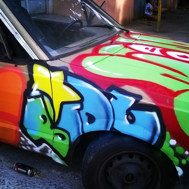 Bombcar #classed #streetartrio #bomber #bomb #graffiti #ruasdazn