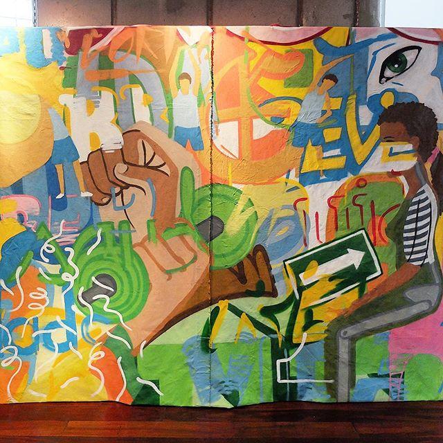 Canvas by @AiraOcrespo at @GaleRioOficial in Botafogo in Rio de Janeiro, Brazil. Healthcare!