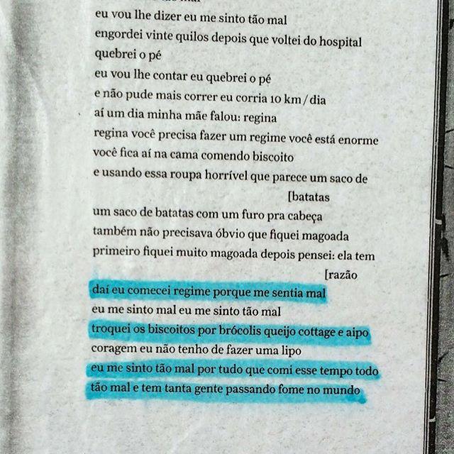 """Feliz dia das mulheres! Ou não. Afinal, todo dia deve ser dia dos seres humanos. Vamos com um poema de Angélica Freitas, do livro """"um útero é do tamanho de um punho"""". #paginario #streetart #angelicafreitas #riodejaneiro #books #art #streetartrio"""