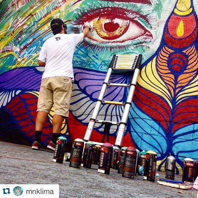 #Repost @mnklima with @repostapp. ・・・ Color sunday. ️ #grafite #graffiti #graffday #colors #riodejaneiro #brasil #spraypaint #streetartrio #mentone #brunobig #marceloment
