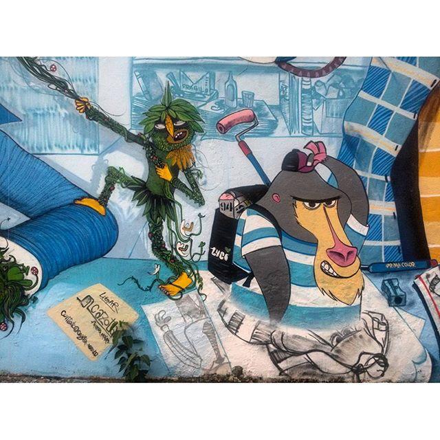 #StreetArtRio Detalhe do grafite na esquina da rua Conde de Bonfim com a avenida Gabriela Prado Maia Ribeiro, na Tijuca; 3/6 Artistas: @nhobi_cerqueira (Nhobi) e @cazesawaya (Cazé) Tirada em 30/01/2016