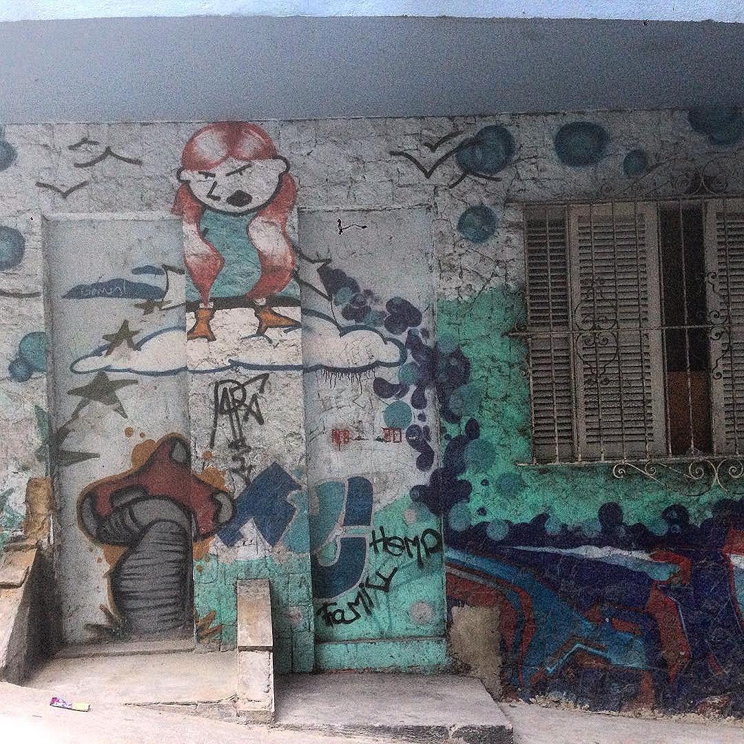 #graffiti #grafporn #streetart #streetartrio #streetartglobe #urbanart #spraydaily #muralsdaily #babilonia #riodejaneiro #Brazil