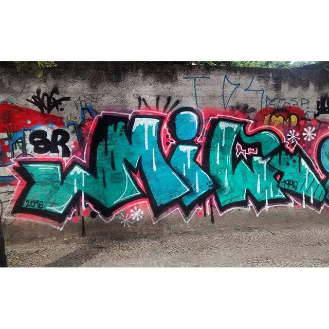 por: @srboys • #rjvandal #streetartrio #streetart #graffiti #graffitiart #art #riodejaneiro #tags #tagsandthrows #throwsup #throwsupz #bombing #bomb #grafite #artist #artoftheday #arteurbana #rj #urbanart #artederua #rua #graffitiwall #sprayart #vandal #galeriaceuaberto #olheosmuros #bombingbrasil #graffitirio #art #makeart