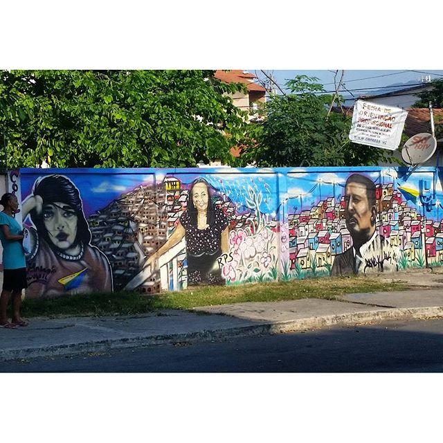 AVENIDA ITARARÉ - BONSUCESSO RIO DE JANEIRO RJ #graffiti #graffitiart #graffitiwall #streetculture #streetphotography #streetstyle #urbanart #spraypaint #graffitirio #StreetArtRio #muros #artederua #streetart #arteurbana #welovestreetart #mural #graffittigers #spraypaint #graff #wallart #olheosmuros #loves_street_art #graffitilegends #streetartofficial #streetarteverywhere #streetartistry #stickerart #urbanwalls #instagraffiti #spraycanart #graffitiporn
