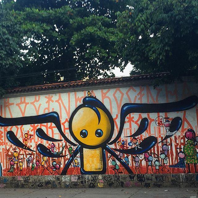 Angels on angels on angels #streetart #graffiti #streetartrio #angels #graffitiart #artebrasileira @warkrocinha