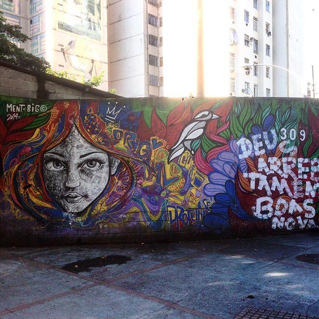 Art done by @marceloment @brunobig and an anonymous idiot #graffiti #grafporn #streetart #streetartrio #streetartglobe #urbanart #spraydaily #muralsdaily #riodejaneiro #brazil