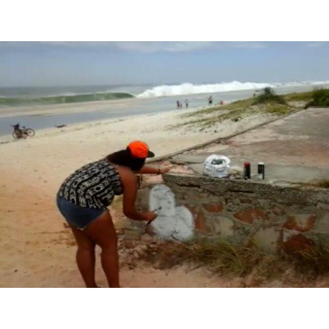 Linda,recata e do lar,ops da rua,ops do mar rs #GraffitiBrasil #GraffitiRioDeJaneiro #Graffiti #StreetArtRio #StreetArt #ArteDeRua #ArtUrban #ArteUrbana #Arte #Rua #ILoveBombing #Bomb #Letters #Letras #HipHop #HipHopGirl #RjVandal #Vandal #RioDeJaneiro #Araruama #Praia #GraffitiNaPraia #Brasil #Oceano #OceanoAtlantico #InstaGraffiti #LiksGraffiti #Liks