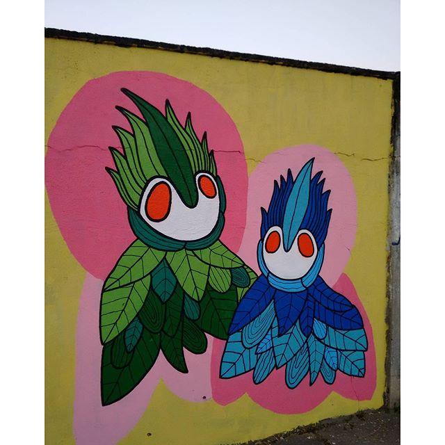 No caminho das cores #muralismo #mural #muralsdaily #tropical #rjgraffiti #rjvandal #graffitirj #graffitirio #streetart #arteurbana #art #streetartrio #artistaurbano