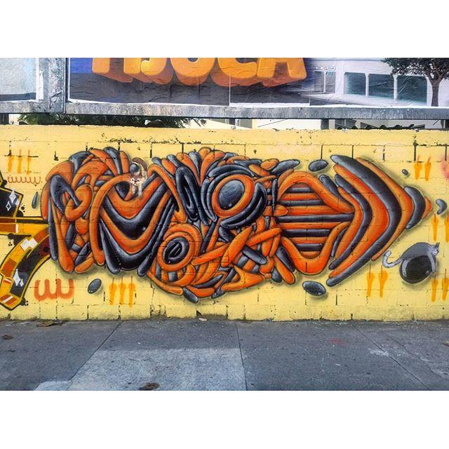 #StreetArtRio Detalhe de mural na Avenida Maracanã, em frente ao Shopping Tijuca, na Tijuca. 2/6 Artista: #FX (Efixis) Tirada em 27/03/2016