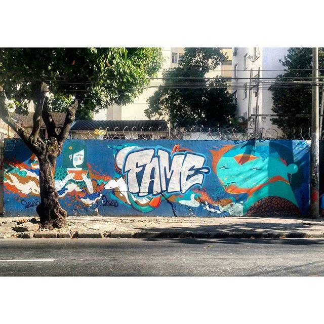 #StreetArtRio Mural na rua Doutor Satamini perto da esquina com a rua São Francisco Xavier, na Tijuca; 1/4 Artistas: @viniciuscarvas (Cash), @betofame (Fame) e @memiguilherme (Memi) Tirada em 25/12/2015