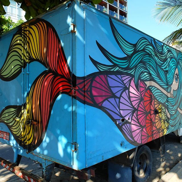 Van art by @_RafaMon_ in Ipanema in Rio de Janeiro, Brazil. Colorful mermaid!