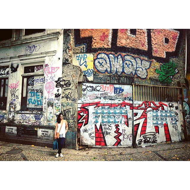 aesthetic/estética #streetartrio #streetartheaven #streetart #graffiti #arteurbana #arteurbano #artenarua #streetartbrasil #streetartbrazil #brazil #brasil #rio #riodejaneiro #oqueasruasfalam #rj #intervençãourbana #intervencaourbana #travel #photography #centro #urbanintervention #centrodorio #intervencionurbana #urbanart #graffitirio #rj #1up @1up_crew_official