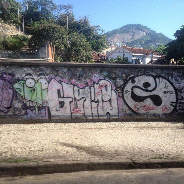 #graffiti #grafporn #streetart #streetartrio #streetartglobe #urbanart #spraydaily #muralsdaily #gloria #riodejanero #brazil