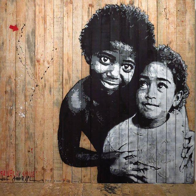 #streetart #streetartrio #urbanart #urban #riodejaneiro #rio by @jefaerosol #jefaerosol