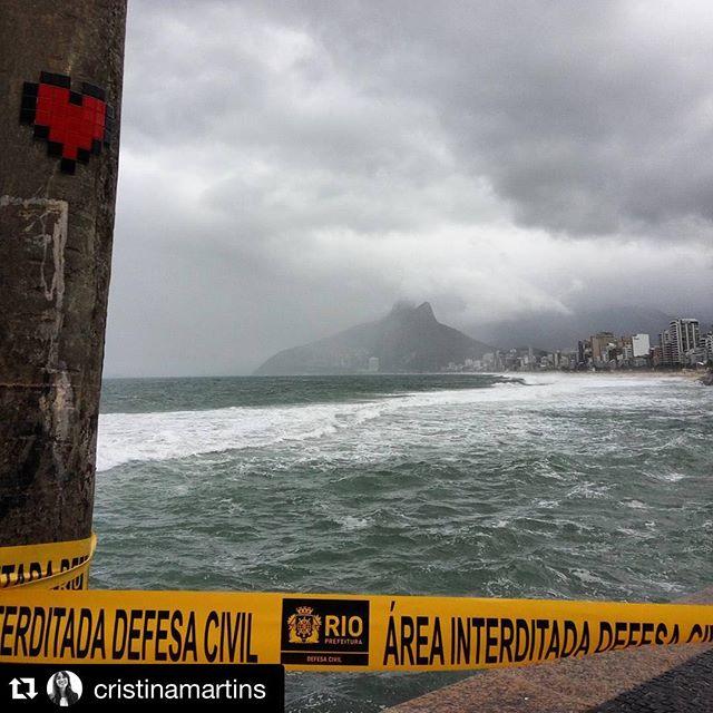 The sky and the sea. #8bitch #pixel #pixelart #videogames #streetartrio #streetart #heartattack #heartbitch #heart #life #tiles #8bit #8bitart #8bitchproject #ipanema #arpoador