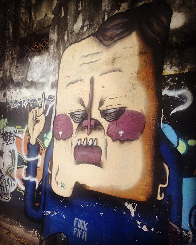 #fickfifa #streetart #brasil #streetartrio #brasil #riodejaneiro