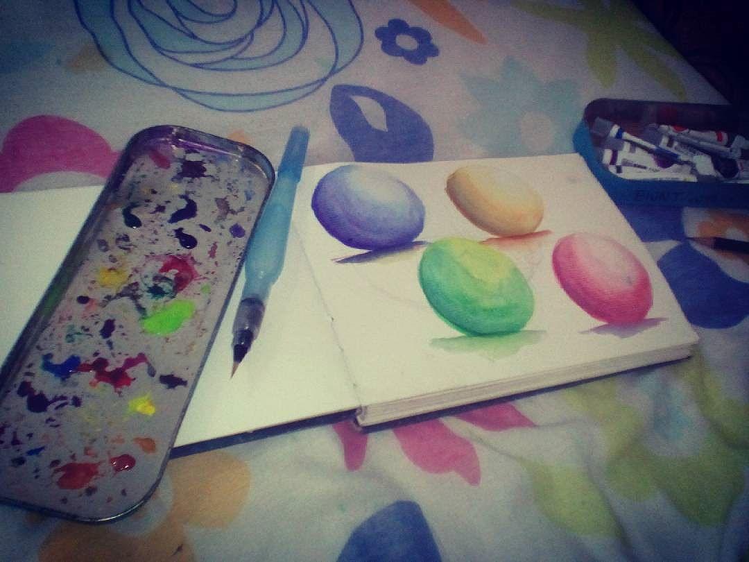 Go!  Watercolor training! Estudo de cor com aquarelaaaa #felipeblunt #streetart #streetartrio #watercolors #ink #inked