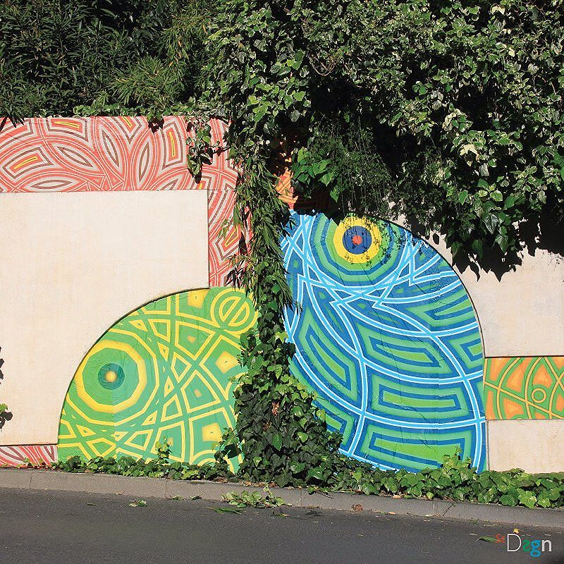 Junk Tamagotchi 2 . By StDsgn.  May 2016 . Street Art Montpellier WebSite : stdsgn.fr  Galerie Studio 411  #StDsgn #streetdesign #streetart #Placement #InteractiveArt #vandal #collage #pasteup #stdsgn #urban #graffiti #EphemeralArt #paste #streetartporn #montpellier #streetartmontpellier #streetartnyc #streetartlondon #streetartparis #streetartrio #junk #tamagotchi #JunkTamagotchi