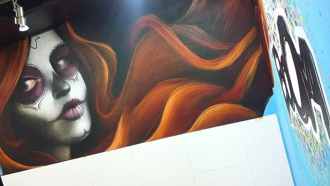 La Catrina  #graffiti #streetart #streetartrio #tattoo #catrina #lacatrina #boomproarte #studiotattoo #spraypaint  #spray #gilzin #gilfaria #gilzinfaria #RJ #riodejaneiro #culturamexicana  #colors