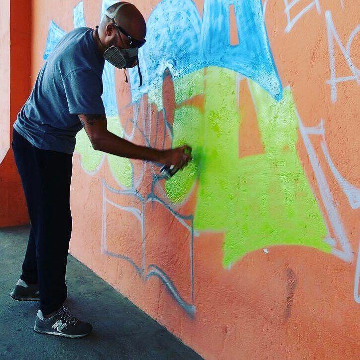 Mais um click sobre o dia de ontem durante o #ocupabalthazar em Piabetá onde os alunos reivindicam melhores condições no ensino. #pandronobã #arteeduca #artistasurbanoscrew #streetartrio #ilovegraffiti #resistencia #piabetá #artederua #arteeducação #ocupaescola 2016
