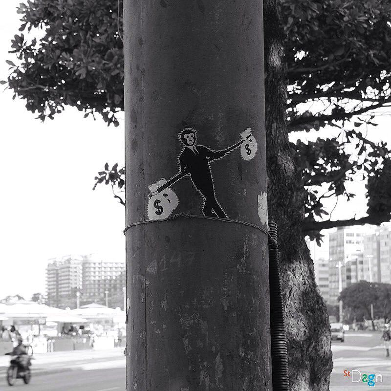 Monkey City. By StDsgn.  Rio de Janeiro . May 2016 . Street Art Rio WebSite : stdsgn.fr Galerie Studio 411  #StDsgn #streetdesign #streetart #Placement #vandal #collage #pasteup #stdsgn #urban #graffiti #EphemeralArt #slackline #slack #slackliner #monkey #streetartporn #montpellier #streetartnyc #london #streetartparis #rio #riodejaneiro #streetartriodejaneiro #streetartrio #artderua #artderuario #brasil