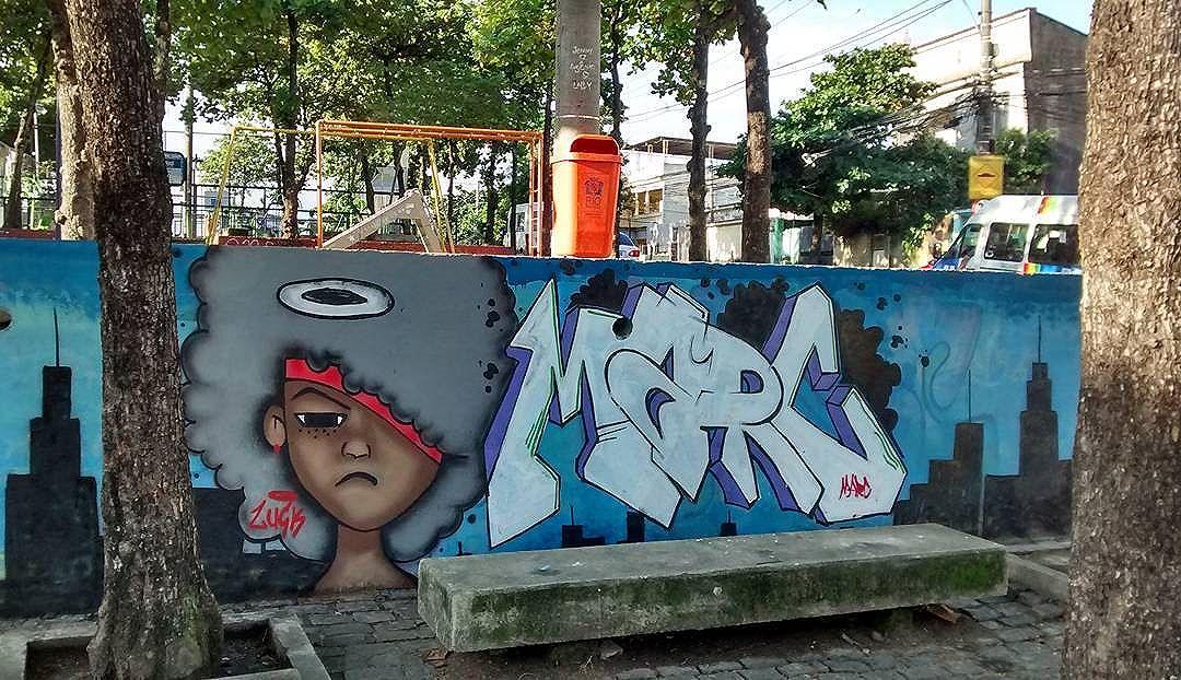 Painel realizado pelo #luck e #marc. #ruadazn #zonanorte #streetartrio #rj #streetart #ggcrew #graffitiart #globalart #graffiti #arte #art #artrio #love #rua #persona #black #brooklin #cidade #city #angel #letters #loveletters #marcgraffiti #luckgraffitigg #tmj