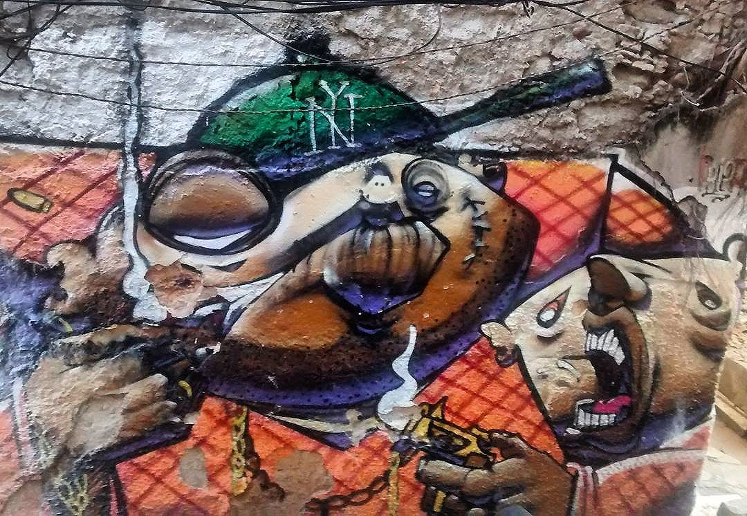 por: • #rjvandal #streetartrio #streetart #graffiti #graffitiart #art #riodejaneiro #tags #tagsandthrows #throwsup #throwsupz #bombing #bomb #grafite #artist #artoftheday #arteurbana #rj #urbanart #artederua #rua #graffitiwall #sprayart #vandal #galeriaceuaberto #olheosmuros #bombingbrasil #graffitirio #art #makeart